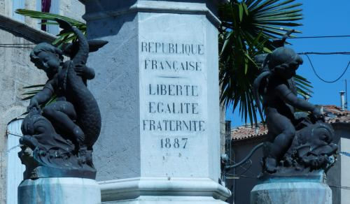 Charles Romain Capellaro : Fontaine de la République